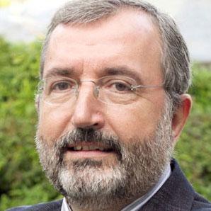 Dr. César Pereiro Gómez